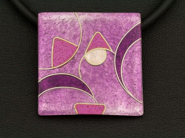 quadratischer Kettenanhänger lila, 30 x 30 mm, emailliert
